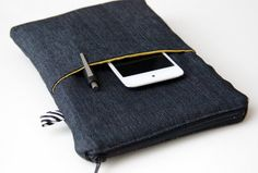 Men iPad Mini Case /Kindle Case /Kobo Cover /Nexus 7 Pouch /7 inch tablet Cover / Nook sleeve / Netbook Laptop 7 / Black Denim & Yellow