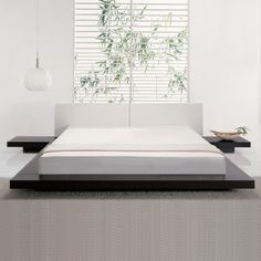Furniture, Accents or Finds - Bedroom decoration - Japanese or zen style - Chocolate color low bed + white hanging lamp + bamboo