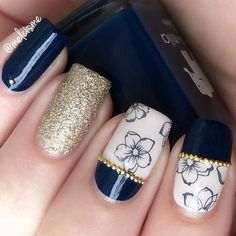 """Delicate Blue Floral Manicure By @melcisme Floral Water Decals(#24087)in www.bornprettystore.com Use code """"BPSL91"""" to enjoy 10% Off for your order. #bornprettystorenailart#bpsnailart#floral#nailsticker#waterdecals"""