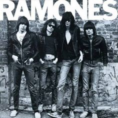 American punk rock group The Ramones. Left to right: Johnny Ramone - Tommy Ramone, Joey Ramone - and Dee Dee Ramone - Photo: Getty Images / RIP Tommy Greatest Album Covers, Classic Album Covers, Famous Album Covers, Rock Album Covers, Book Covers, Joey Ramone, Punk Rock, Indie, Beat On The Brat