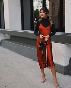 Pam Hetlinger wearing our Marc Jacobs Snapshot Bag in Black