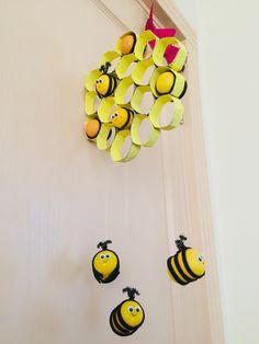 Cute Crafts, Crafts For Kids, Arts And Crafts, Diy Crafts, Bee Activities, Montessori Activities, Toilet Paper Roll Crafts, Paper Crafts, Bee Party