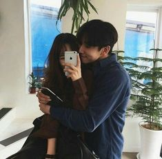 S just something about korean couples ❤ rosè ulzzang, Mode Ulzzang, Korean Ulzzang, Ulzzang Girl, Love Couple, Best Couple, Girl Couple, Couple Posing, Couple Shoot, Cute Korean