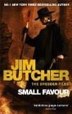SMALL FAVOUR: THE DRESDEN FILES BOOK- 10 (NEW FORMAT):BUTCHER, JIM