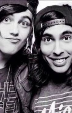 "You should read ""Let Me Trash your Love"" on #wattpad #fanfiction http://w.tt/1JNCdM0"