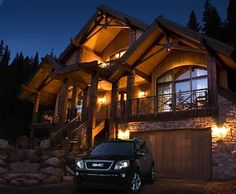 I want my house to look something like this! My dream house is a lodge mansion in the mountains of Colorado though.