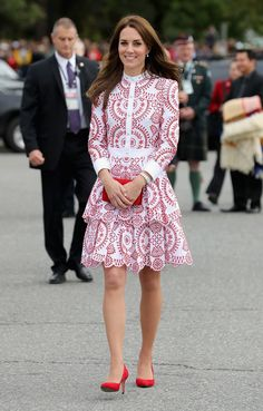 Estilo real: os melhores momentos fashion de Kate Middleton - Vogue   News