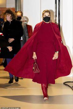 Utrecht, Royals, Dutch Queen, Estilo Real, Casa Real, She Is Gorgeous, Spring Summer Trends, Queen Maxima, Royal Fashion