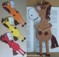 Cute bookmarks Bookmark horse crochet pattern by Zabelina Amigurumi… Crochet Bookmarks, Crochet Books, Love Crochet, Crochet Gifts, Crochet Motif, Crochet Flowers, Knit Crochet, Crochet Patterns, Crochet Horse