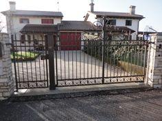 Cancello in ferro battuto per residenza privata