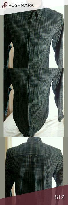 Izod Shirt Medium Good condition. No stains or holes. Shirts Dress Shirts