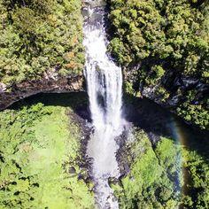 """1,059 curtidas, 62 comentários - Travel Blog by Gabi 💙 Rafa (@acumulandoviagens) no Instagram: """"Depois de um café da manhã colonial em Gramado, fomos conhecer o Parque Caracol onde fica a Cascata…"""""""