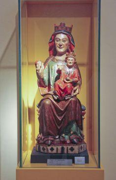 Virgen románica. Virgen de Marcuello, siglo XIII. Sarsamarcuello (Huesca). Museo diocesano de Huesca.