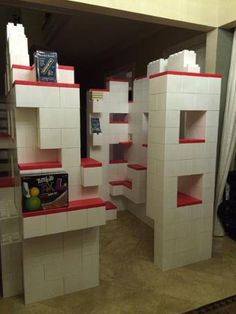 #BigCityToys uses #EverBlock for their grand opening for #modular #shelving and statement #display