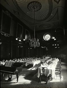Observe the architecture of gastronomy as expressed in the number and variety of ancient halls – the dining halls, the banquet halls and the luncheon rooms – where grand people once met for lengthy meals. Let us consider the dinners of old London.