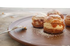Cream Puffs with Caramelized Apples