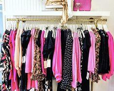 Clothing Boutique Interior, Boutique Interior Design, Boutique Decor, Boutique Ideas, Boutique Store Design, Boutique Displays, Shop Displays, Fashion Store Design, Clothing Displays