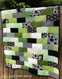 My Quilt Infatuation- Ivy on the Iron Gate
