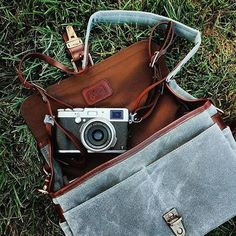 The perfect accessories for @mvargasphoto's silver Fuji X100T? Our Bowery bag and Lima strap in smoke, of course! // #InMyONA