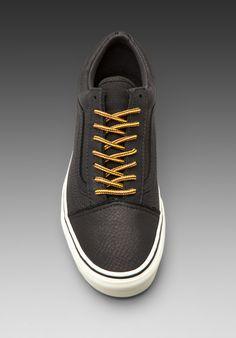 VANS California Old Skool Re-Issue Leather in Black/Vanilla Ice - Sneakers