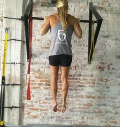 3 Exercises for a Stronger Pull-up