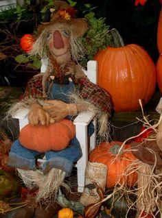 Primitive Doll Primitive Fall Scarecrow by PrimitiveArtDolls