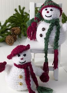 Decorate your home for the winter holidays and complete a fun crochet pattern project at the same time. Snowman crochet pattern is cute and makes for great gifts. Crochet Snowman, Crochet Christmas Ornaments, Christmas Crochet Patterns, Holiday Crochet, Noel Christmas, Christmas Knitting, Christmas Decorations, Christmas Morning, Crochet Crafts