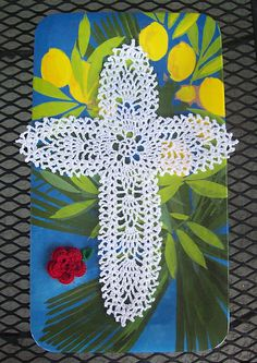 Ravelry: Project Gallery for Pineapple Cross with Red Roses pattern by Mary Layfield