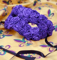 How to Make a Crepe Paper Flower Mask - By Mardigra's Outlet