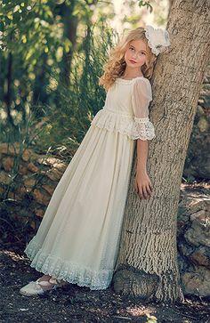 Fotos Vestido Comunión Niña Modelo 15 de Bebes Chic 2016. Catálogo Vestidos de…