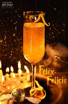 """8 Magical And Delicious Harry Potter Cocktails Felix Felicis (""""Liquid Luck"""") – Serves 1 :: oz simple syrup (heat equal parts sugar & water until fully dissolved, then cool), oz lemon juice, oz ginger beer, Champagne or other sparkling wine. Harry Potter Fiesta, Harry Potter Food, Harry Potter Halloween, Harry Potter Christmas, Harry Potter Wedding, Harry Potter Birthday, Harry Potter Recipes, Harry Potter Themed Wedding, Harry Potter Cookbook"""