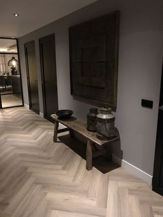 Haus innenarchitektur Haus innenarchitektur The post Haus innenarchitektur appeared first on Baustil. Office Interior Design, Office Interiors, Interior Design Living Room, Living Room Designs, Cafe Interiors, Planchers En Chevrons, Herringbone Wood Floor, Floor Design, Design Design