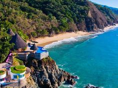 Exotic jungle garden estate on iconic promontory point in San Pancho, Nayarit is extremely private overlooking a long stretch of beach to Sayulita, Mexico San Pancho Nayarit, Jungle Gardens, San Francisco, Puerto Vallarta, Outdoor Pool, Places To Go, Beautiful Places, Villa, Ocean