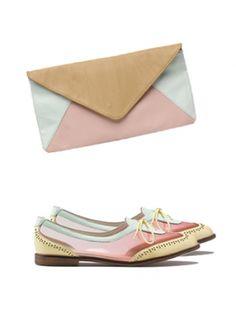 Pochette de Sarenza et chaussures de Bershka