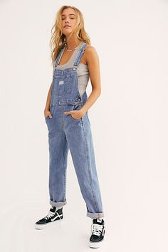 Levi Vintage Overall by Levi's at Free People Denim, Light Wash, XS Indie Outfits, Casual Outfits, Fashion Outfits, Cute Outfits, Emo Fashion, Lolita Fashion, Indie Clothes, Kawaii Fashion, Modest Outfits