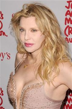 Courtney Love hints at Hole reunion in 2014