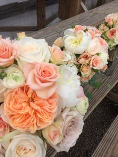 Peaches and cream bridal and bridesmaids bouquets with peonies and garden roses  #furstflorist #furstevents #datytonweddings
