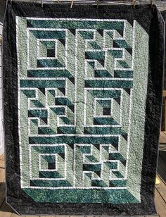 Labyrinth Maze Quilt Patterns | quilts worth looking at ... : labyrinth quilt pattern fabric requirements - Adamdwight.com
