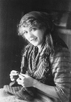 Mary Pickford on the set of The Pride of the Clan, 1916.