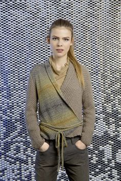 Wrap jacket knitting pattern 38 from FAM 224 in Lang Yarns Merino 400