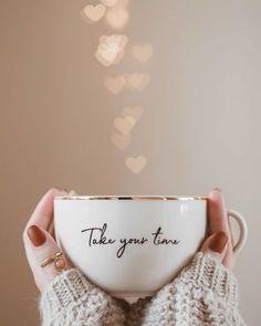 Make a wish: Photo Coffee And Books, I Love Coffee, Coffee Art, Mode Rose, Photo D Art, Coffee Photography, Cute Mugs, Cute Wallpapers, Instagram Feed