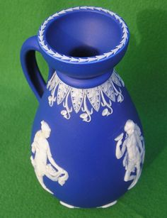 WEDGWOOD with moustach mark and model nr. 117. c.1800