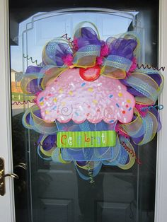 Cupcake Wreath by SassyChickWreaths on Etsy, $50.00