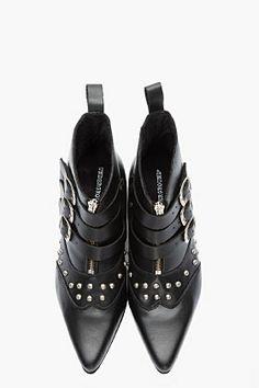 UNDERGROUND black leather silver-studded Blitz winklepickers