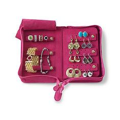 The Perfect Honey Suckle Travel Jewelry Book; oooooh I so need this!! And I love pink.