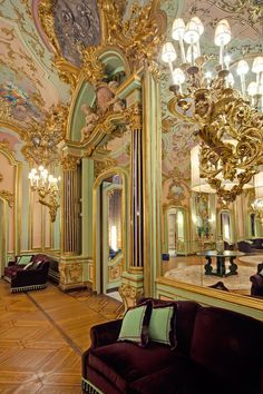 Grand Hotel Villa Cora - Florence, Tuscany, Italy, Europe - Luxury Hotel Vacation from Classic Vacations Florence Hotels, Florence Italy, Beautiful Homes, Beautiful Places, Mirror Room, Mirrors, Tuscan Wedding, Tuscany Italy, Grand Hotel
