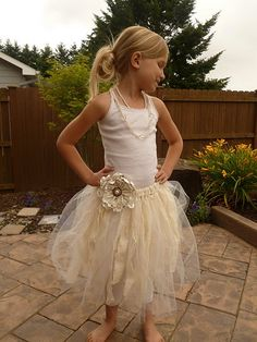 @Annalisa Lung How to create a shabby chic tutu!