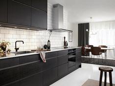 Line ask brunbets Home Decor Kitchen, Interior Design Kitchen, Kitchen Furniture, Room Interior, Grey Kitchens, Cool Kitchens, Kitchen Board, Beautiful Interior Design, Cozy Living