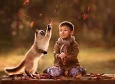 Heartwarming pictures of children and their beloved pets by Elena Shumilova