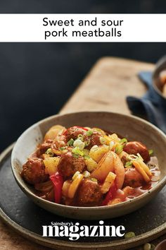 These sweet and sour pork meatballs have all the classic takeaway flavours but in a lighter form. Perfect if you're being healthy but still want a Friday night treat. Get the Sainsbury's magazine recipe Sausage Recipes, Pork Recipes, Chinese Spices, Magazine Recipe, Marinated Pork Chops, Sweet And Sour Meatballs, Pork Meatballs, Spiced Cider, Roast Dinner